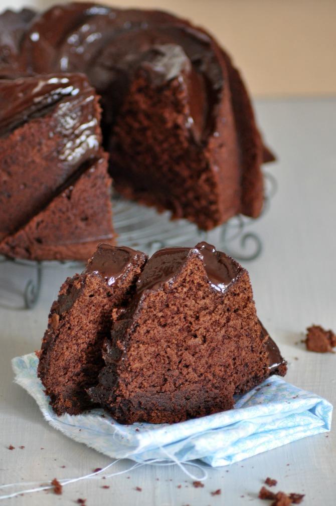 Receta de Martha Stewart de Bundt Cake de chocolate. Molde usado: Bundt Heritage de Nordic Ware