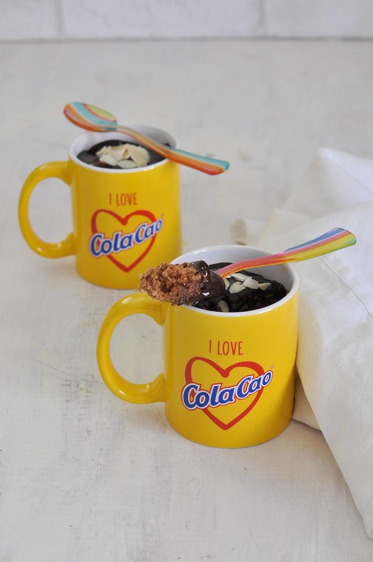 mug cake de cola cao