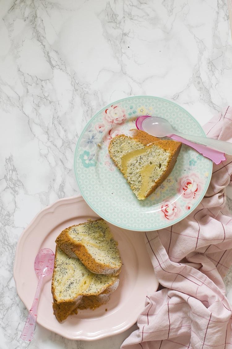 bundt-cake-de-lemon-curd-y-amapola