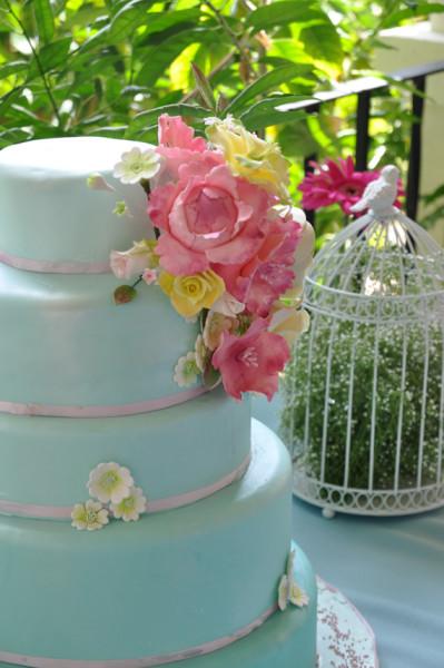 tarta de boda, detalle del ramo de flores