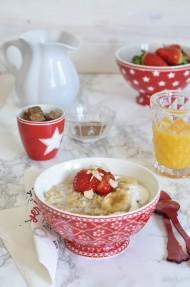 Gachas de avena con plátanos y canela (Porridge)
