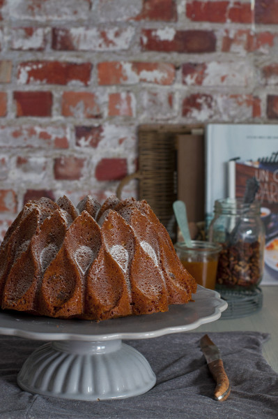 bundt-cake-nueces-y-cafe