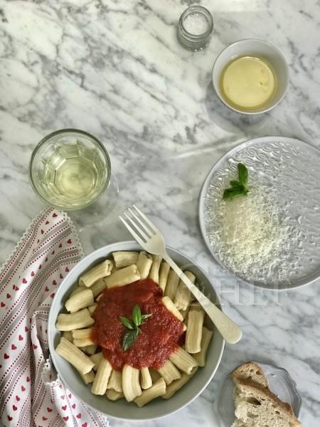 pasta fresca rigatoni al pomodoro